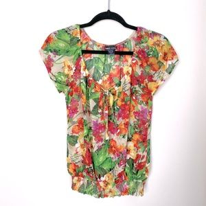 Tropical Floral Top 🌴 🌺